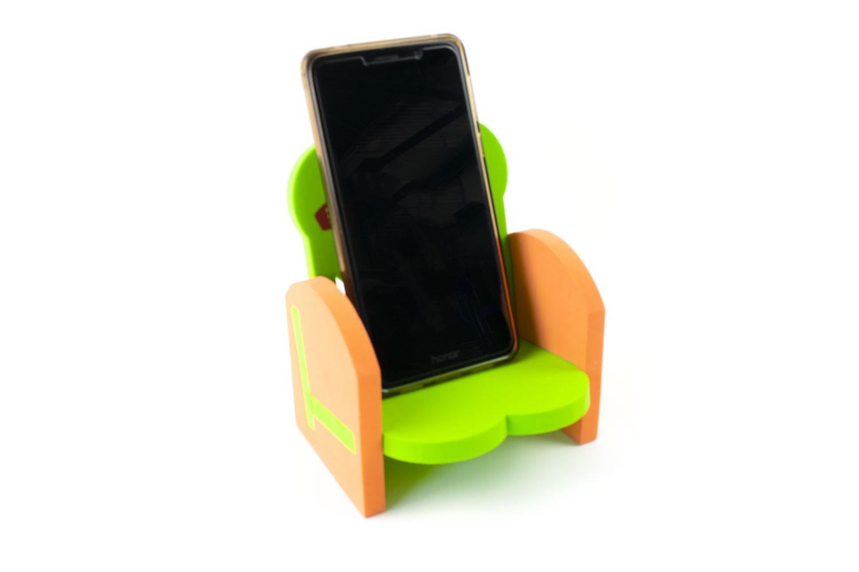 dock smartphone